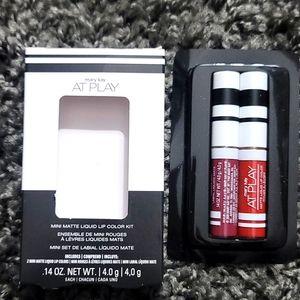 💋NIB Mini Matte Liquid Lip Color Kit💋